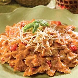 0002488 Creamy Tuscan Pasta With Sundried Tomatoes Bakers Dozen 13 300
